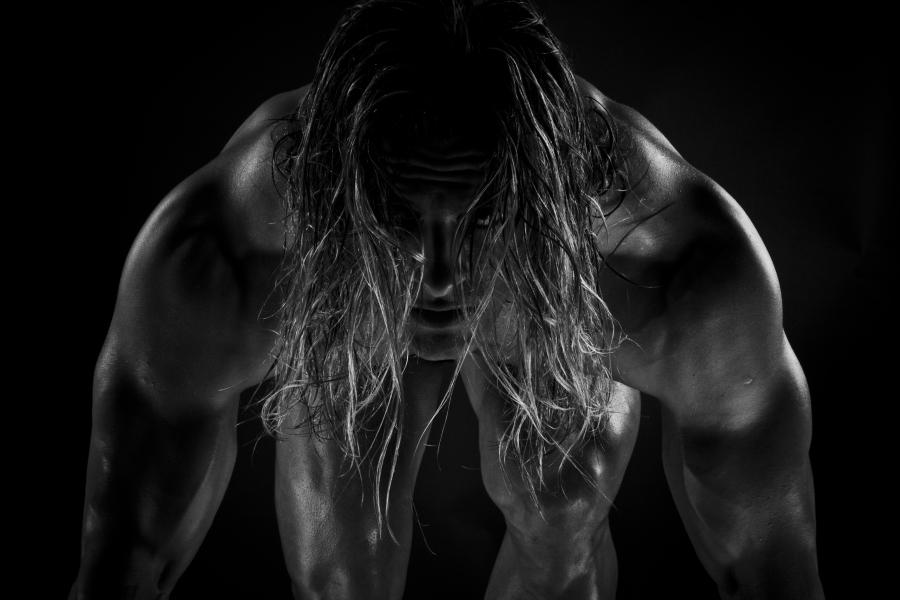 women prefer muscular men
